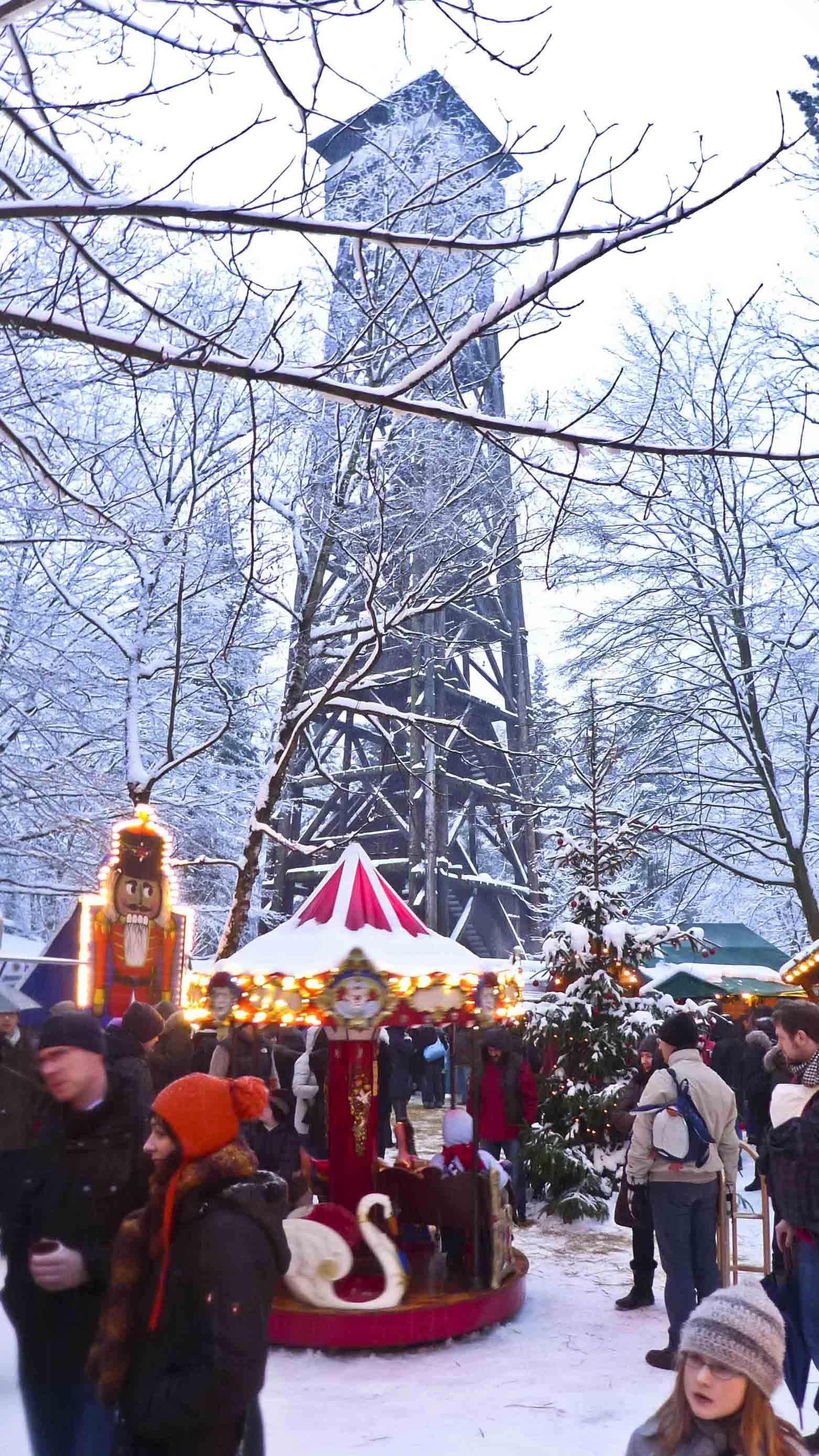 Goetheturm Frankfurt Weihnachtsmarkt.Goetheruh Schmidt Peccolo